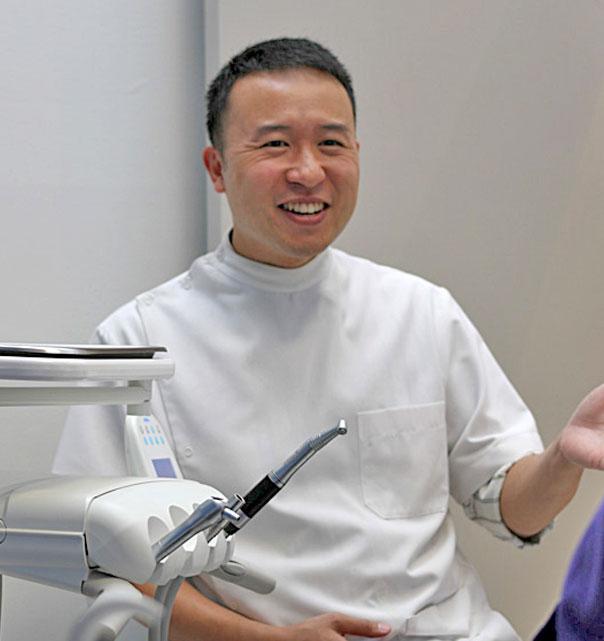Dr Adrian Kuay dentist mooroolbark